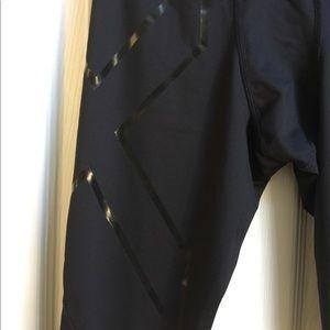 Men's 2XU compression Pants Small Black